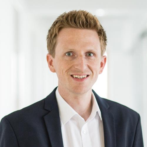 Portrait Dr. Holger de Bie