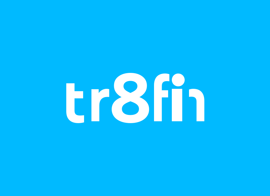 Tr8fin Logo auf hellblauem Grund