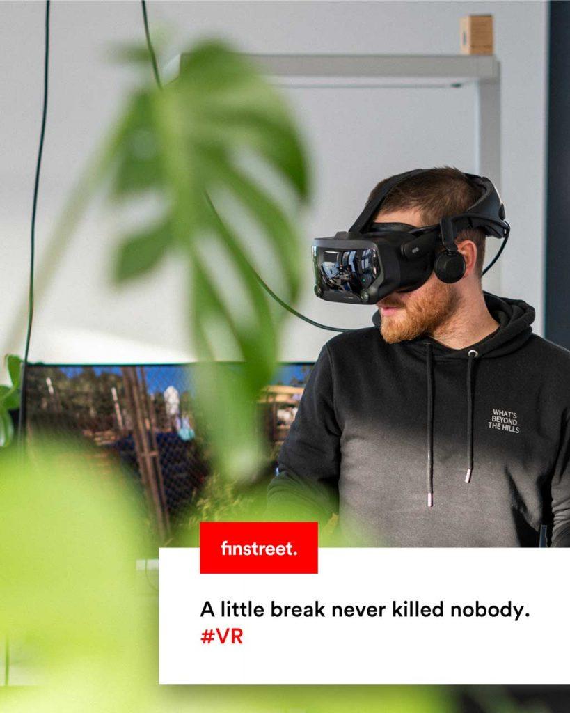 Jan Schütz mit VR Brille